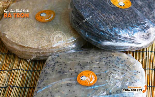 Bánh tráng nướng mè đen