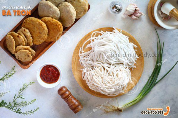 Bánh canh gạo Bình Định